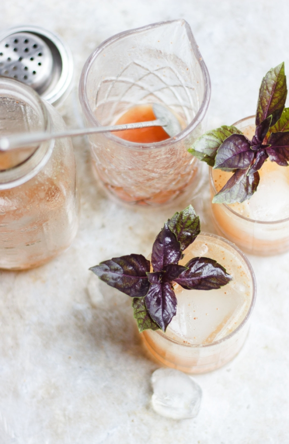 basil-fig-vodka-smash-17-667x1024.jpg